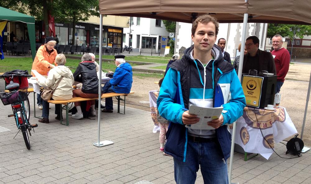 Christian Otto faires Frühstück in Gießen